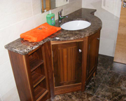 Vanity unit in walnut with marble top